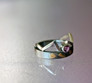Amethyst ring with silver and fine gold