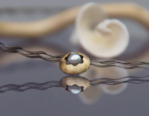 gold and silver pearl pendant